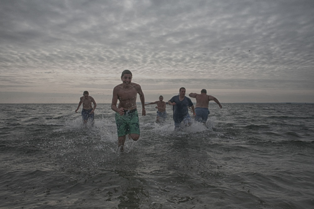 Art and Documentary Photography - Loading 2014-polar-bear-plunge-0025.jpg