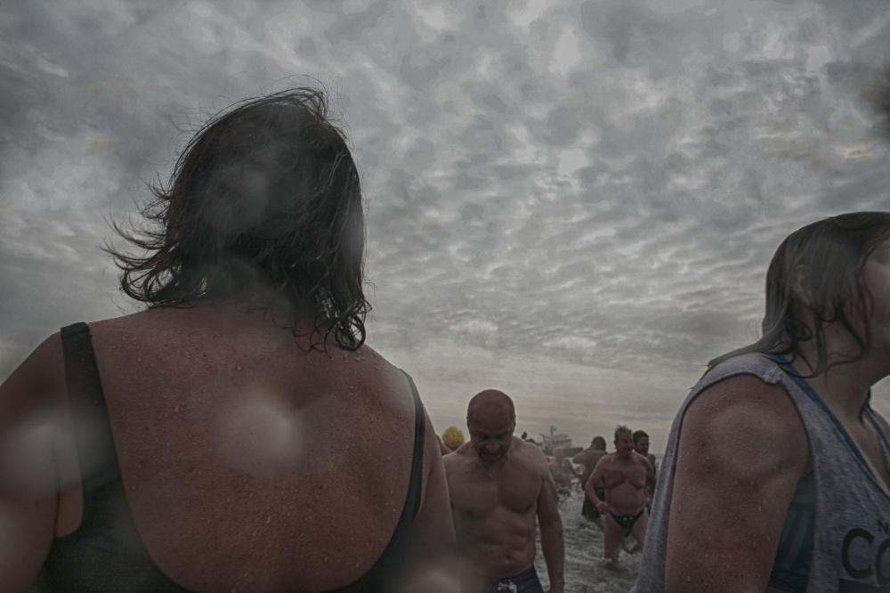 Art and Documentary Photography - Loading 2014-polar-bear-plunge-0011.jpg