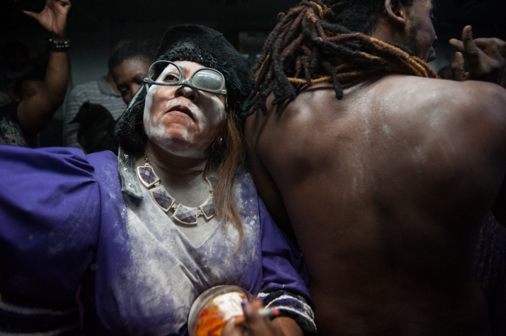 Art and Documentary Photography - Loading Vodou_008.JPG