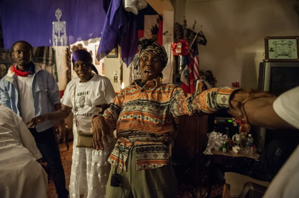 Art and Documentary Photography - Loading Vodou_024.JPG