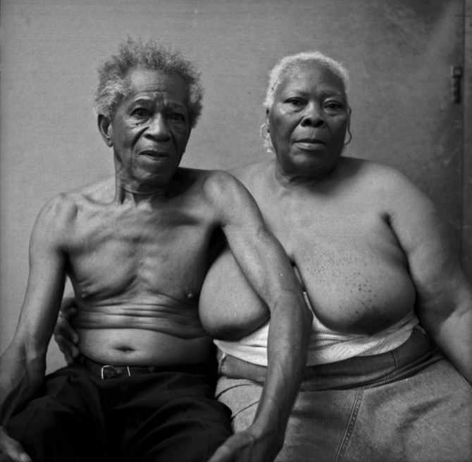 Photography image - Loading portrait of old couple.jpg