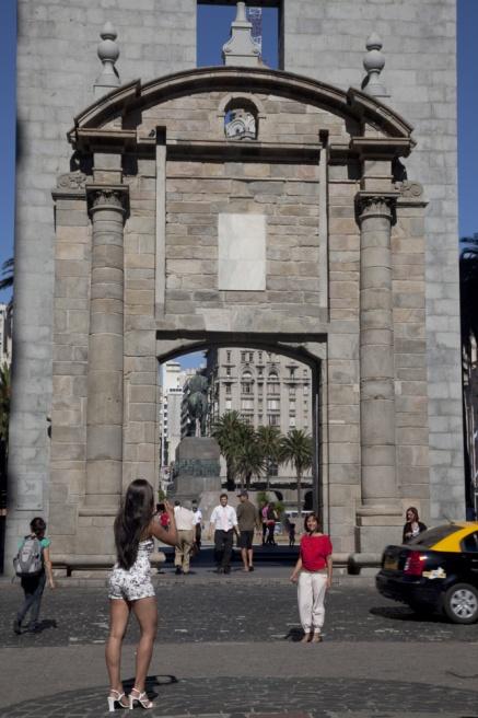 Art and Documentary Photography - Loading 46_PUERTA DE LA CIUDADELA.jpg