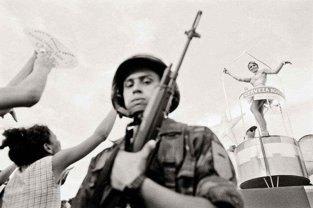 Art and Documentary Photography - Loading Colombia_Pageant-018.jpg