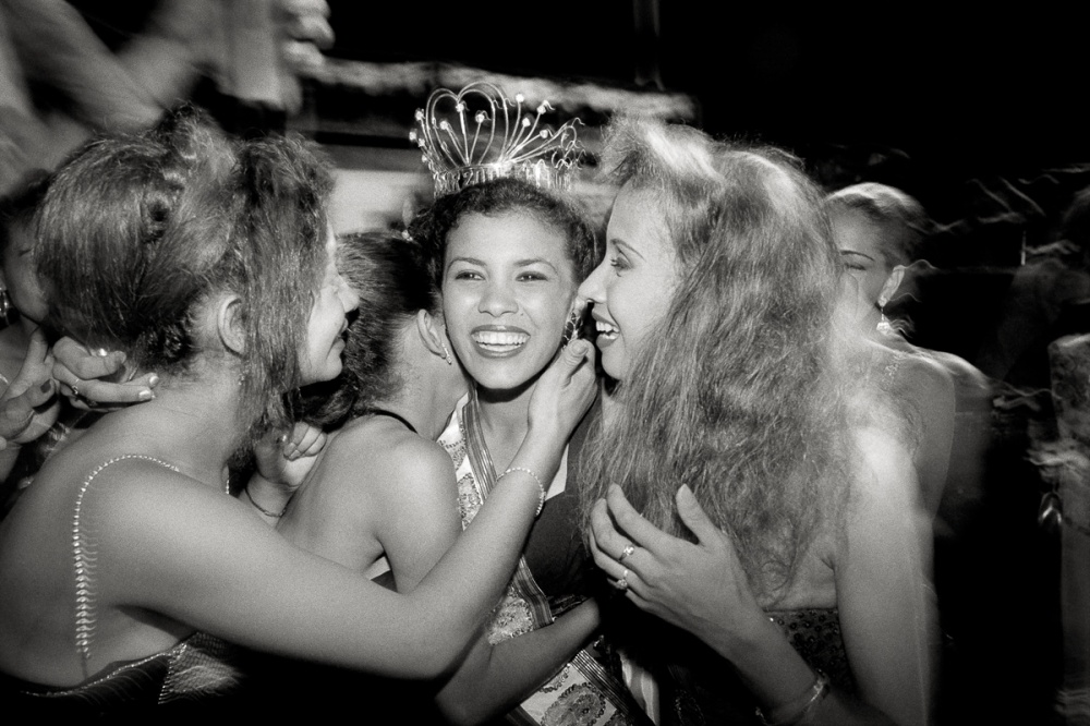 Coronation of Miss Sincelejo, held in a baseball outfield of a public park. The Reinado Popular, or people's pageant, took place in the shadow of the national Miss 20th of January, held each year in a cattle-growing region near the Carribbean coast.