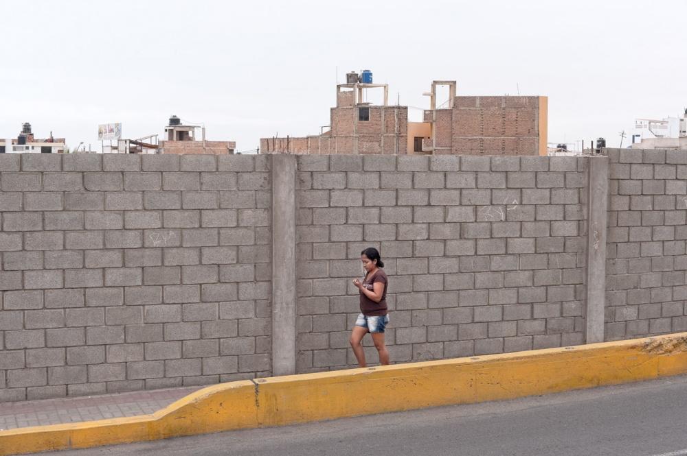 Art and Documentary Photography - Loading PERU4.jpg