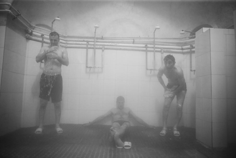 Art and Documentary Photography - Loading Public bathing siamak ebrahimi (19).jpg