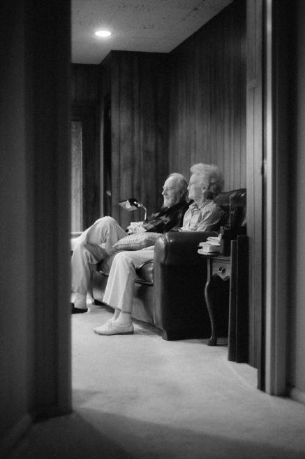 Art and Documentary Photography - Loading grandparents_robertlarson-2.jpg