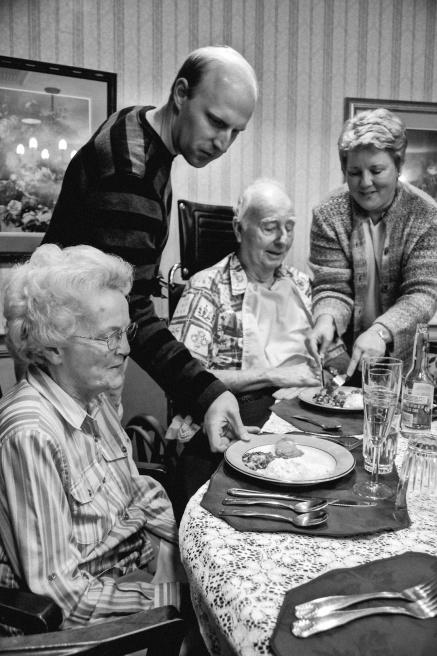 Art and Documentary Photography - Loading grandparents_robertlarson-5.jpg