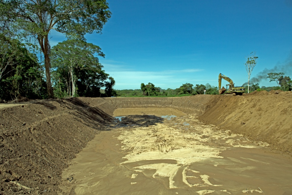 A large fish-farming pond, sponsored by the Municipality of Trinidad is being constructed in Mangalito, Trinidad.