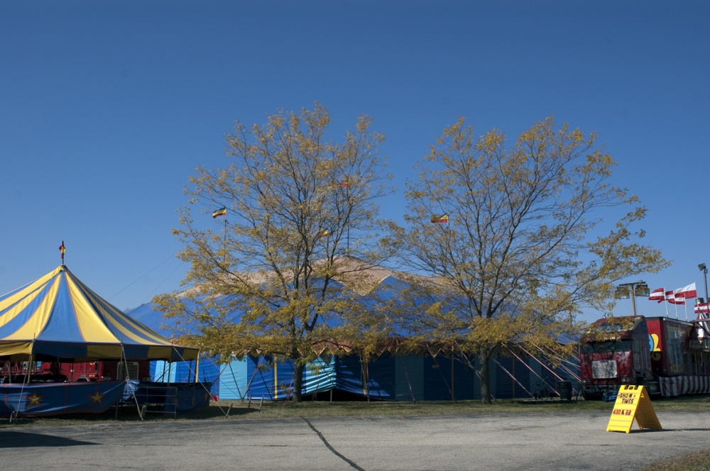 Art and Documentary Photography - Loading fall colors tent.jpg