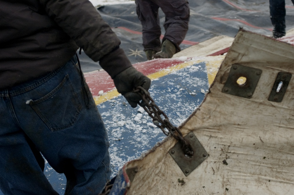 Art and Documentary Photography - Loading snow crew chain.jpg