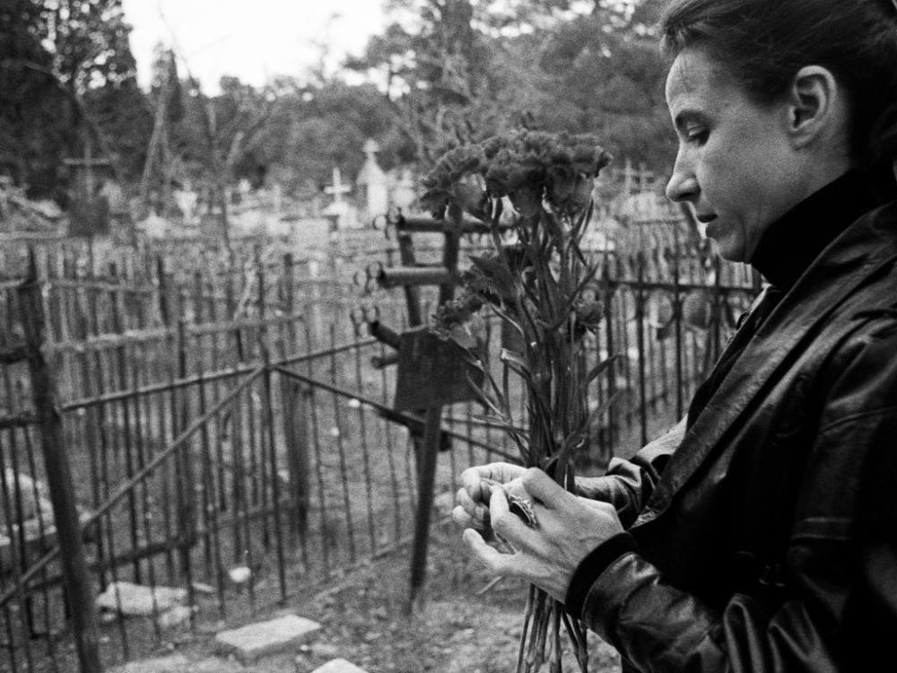 Art and Documentary Photography - Loading 12:Azerbaijan:Mark.Rafaelov:Irena.cemetery.talks.her.mother.jpg
