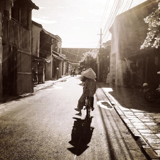 Art and Documentary Photography - Loading ©CherylKoralik_IMG_3329.jpg