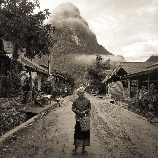 Art and Documentary Photography - Loading ©CherylKoralik_IMG_6228.jpg