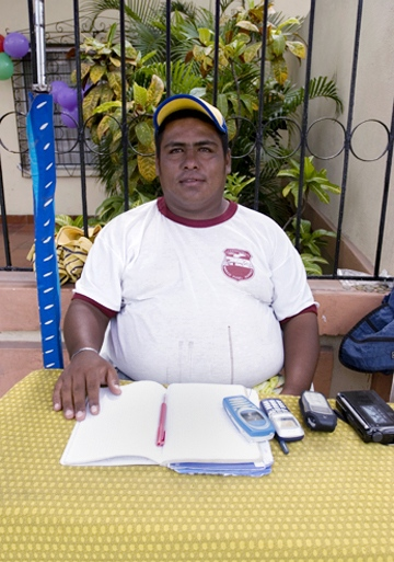 Edgar Rueda, participant in La Boquilla project, by Roger Triana / 2005