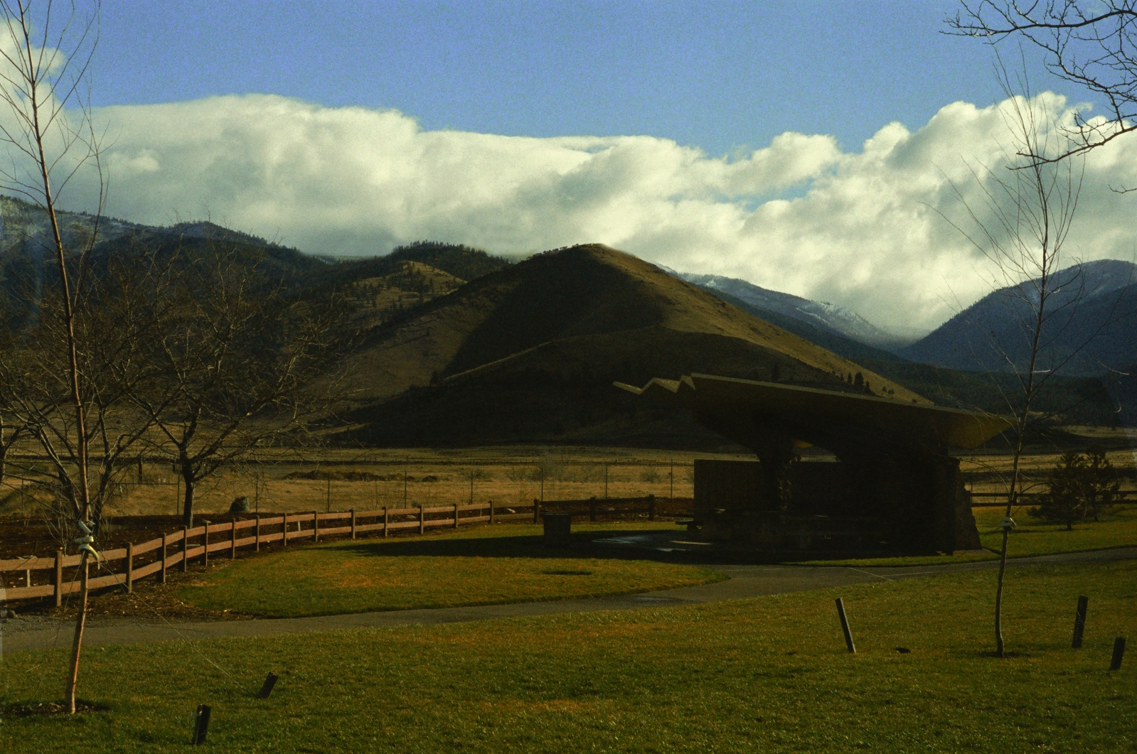 Art and Documentary Photography - Loading Southern Oregon.JPG