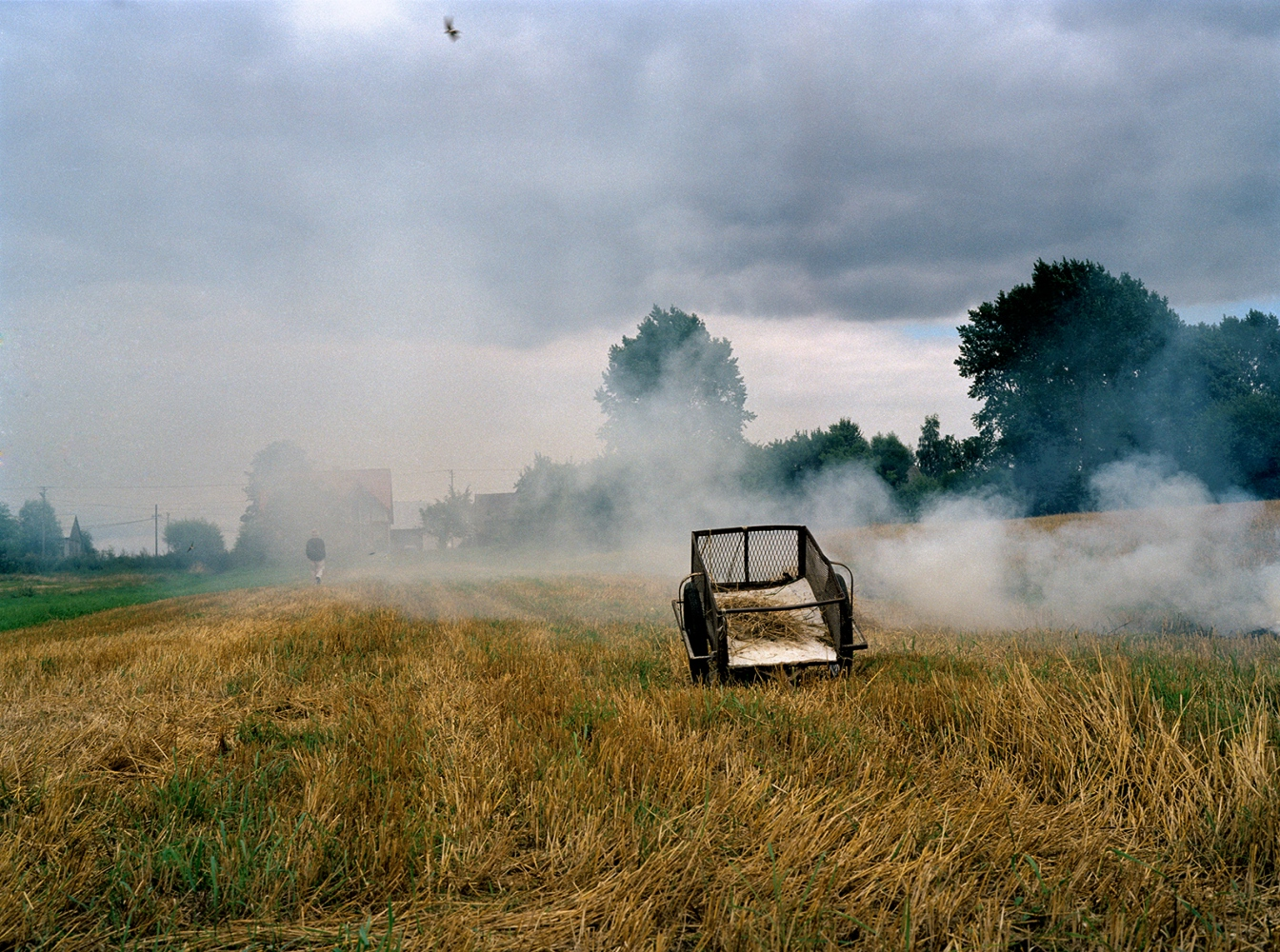 Art and Documentary Photography - Loading 22_smoky_field_small.jpg