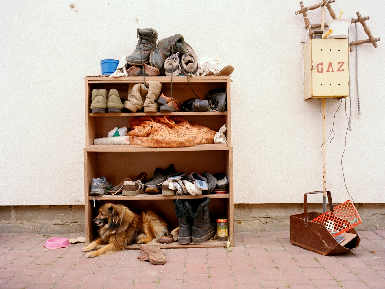 Art and Documentary Photography - Loading 23_shoes_small.jpg