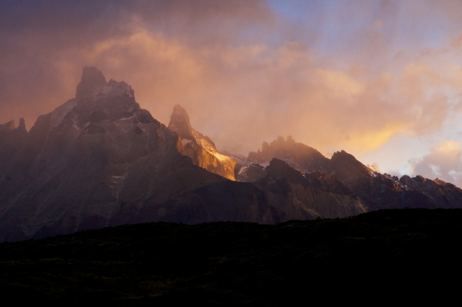 Art and Documentary Photography - Loading Torres-del-Paine- 050.jpg