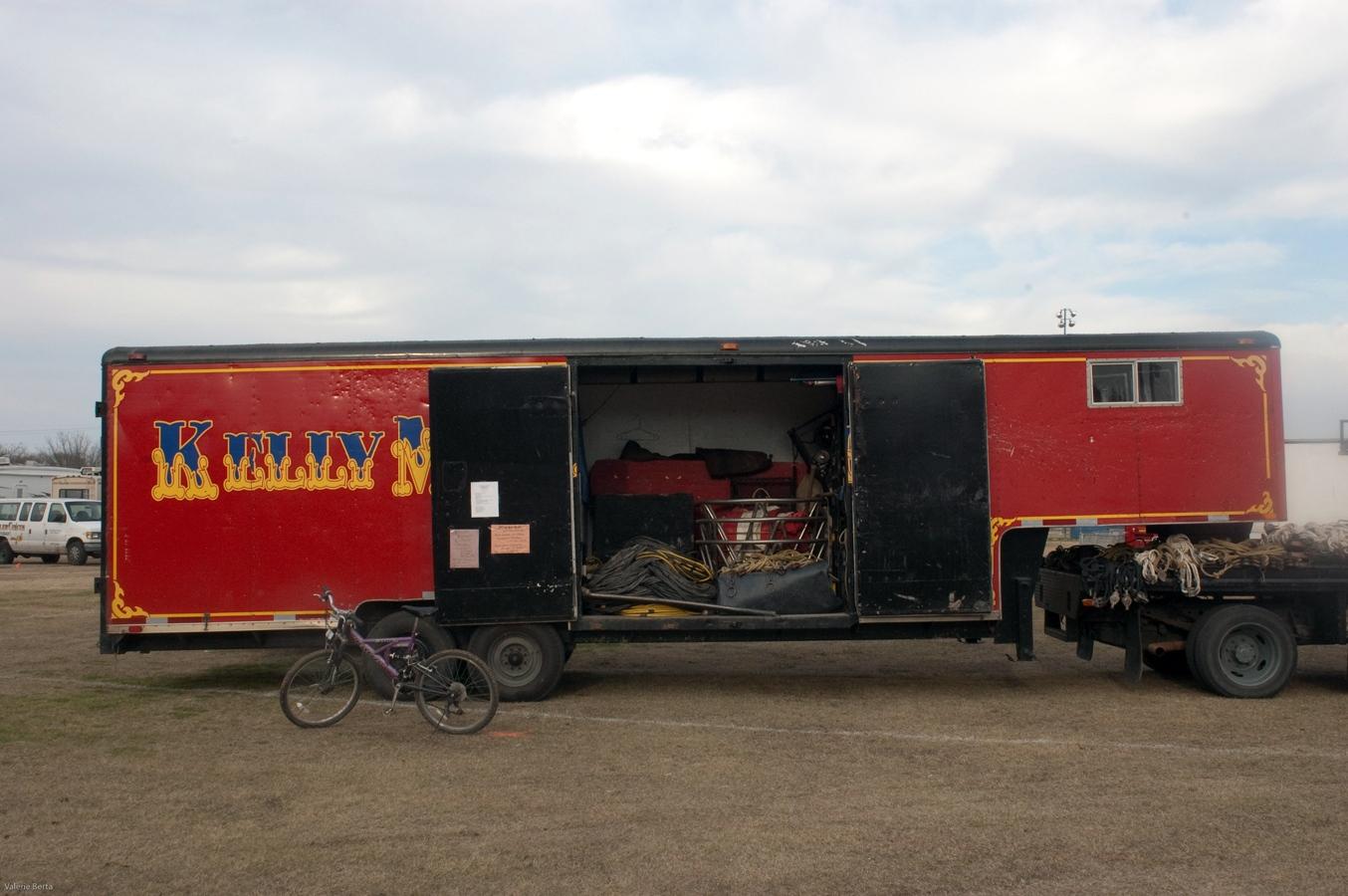 Art and Documentary Photography - Loading bike.jpg