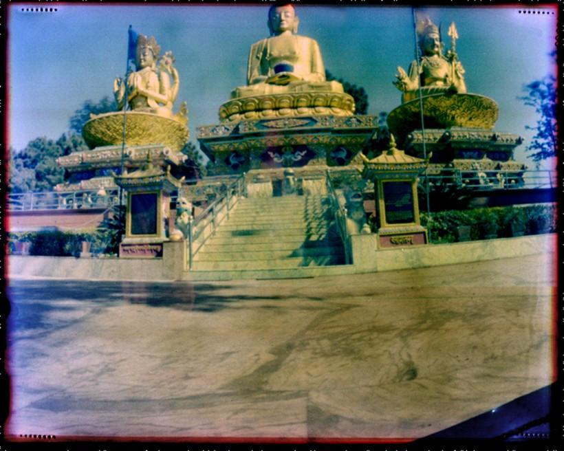 Art and Documentary Photography - Loading Nepal Buddha Park Kathmandu 2009.jpg