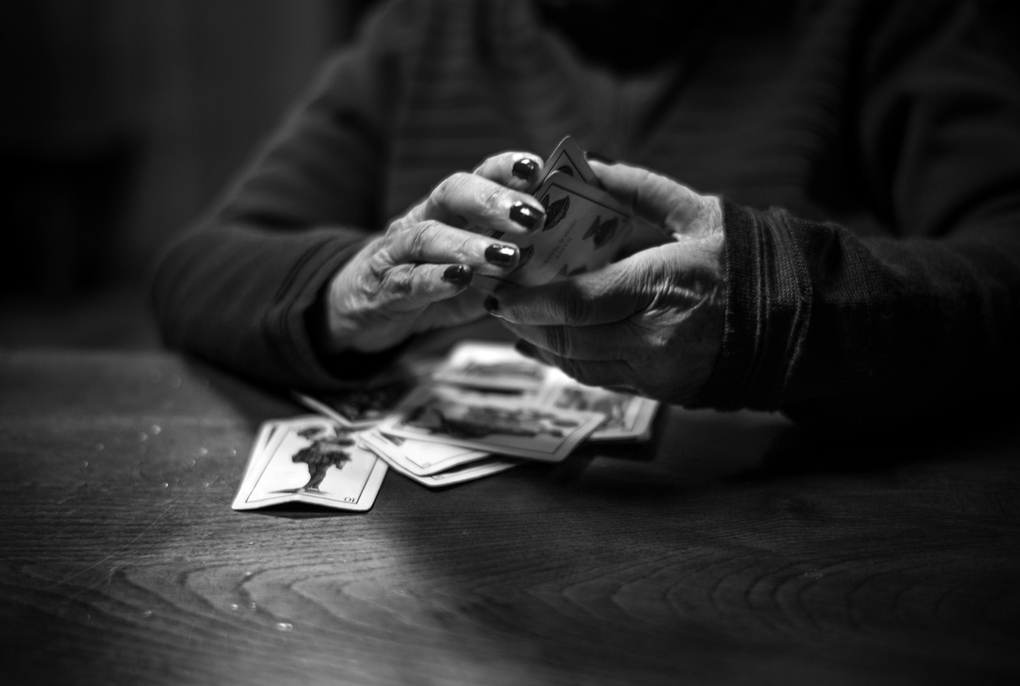 Art and Documentary Photography - Loading Alzheimer09b&w.jpg