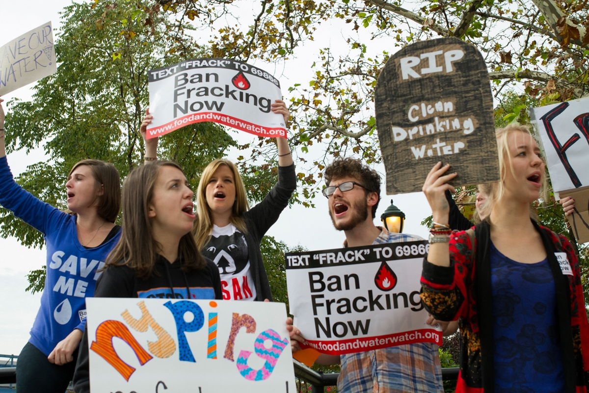 Students protest to urge Governor Cuomo to ban fracking at Chelsea Pier, New York, October 2013.