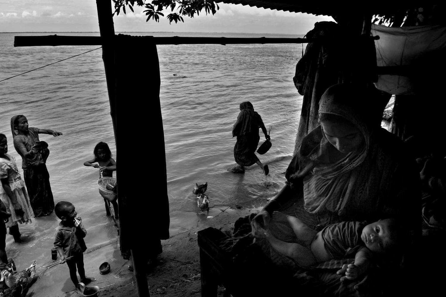 Art and Documentary Photography - Loading IMG_02.jpg