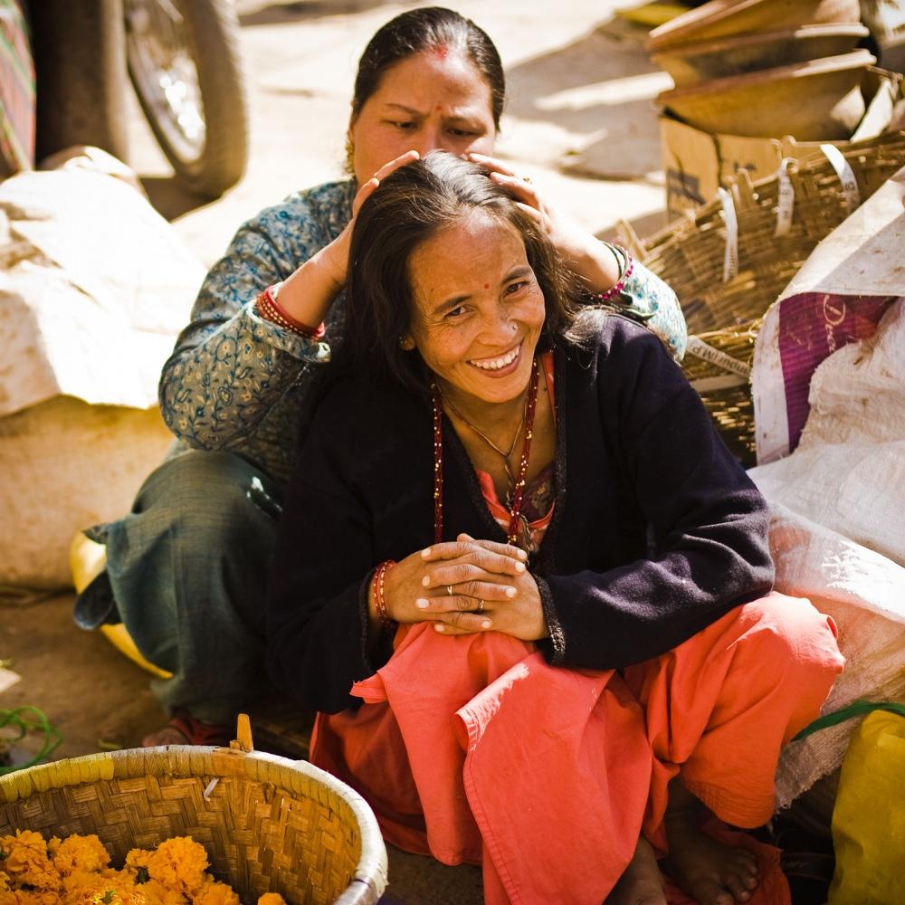 Art and Documentary Photography - Loading E-India-Nepal-Kathmandu-Miles_of_smiles2.jpg