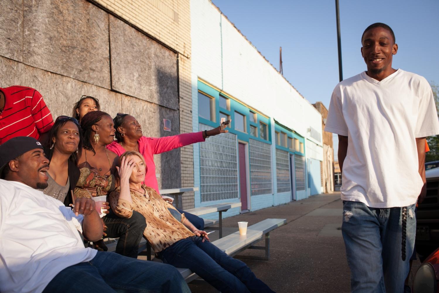Art and Documentary Photography - Loading Juke_LindsayMorris_2011-1110.jpg