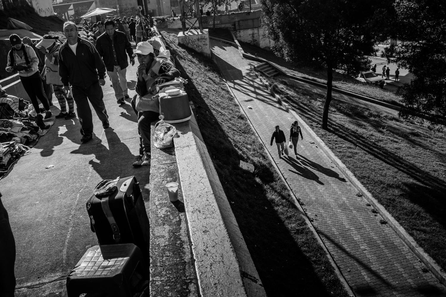 Art and Documentary Photography - Loading guerra_mercado_03.jpg