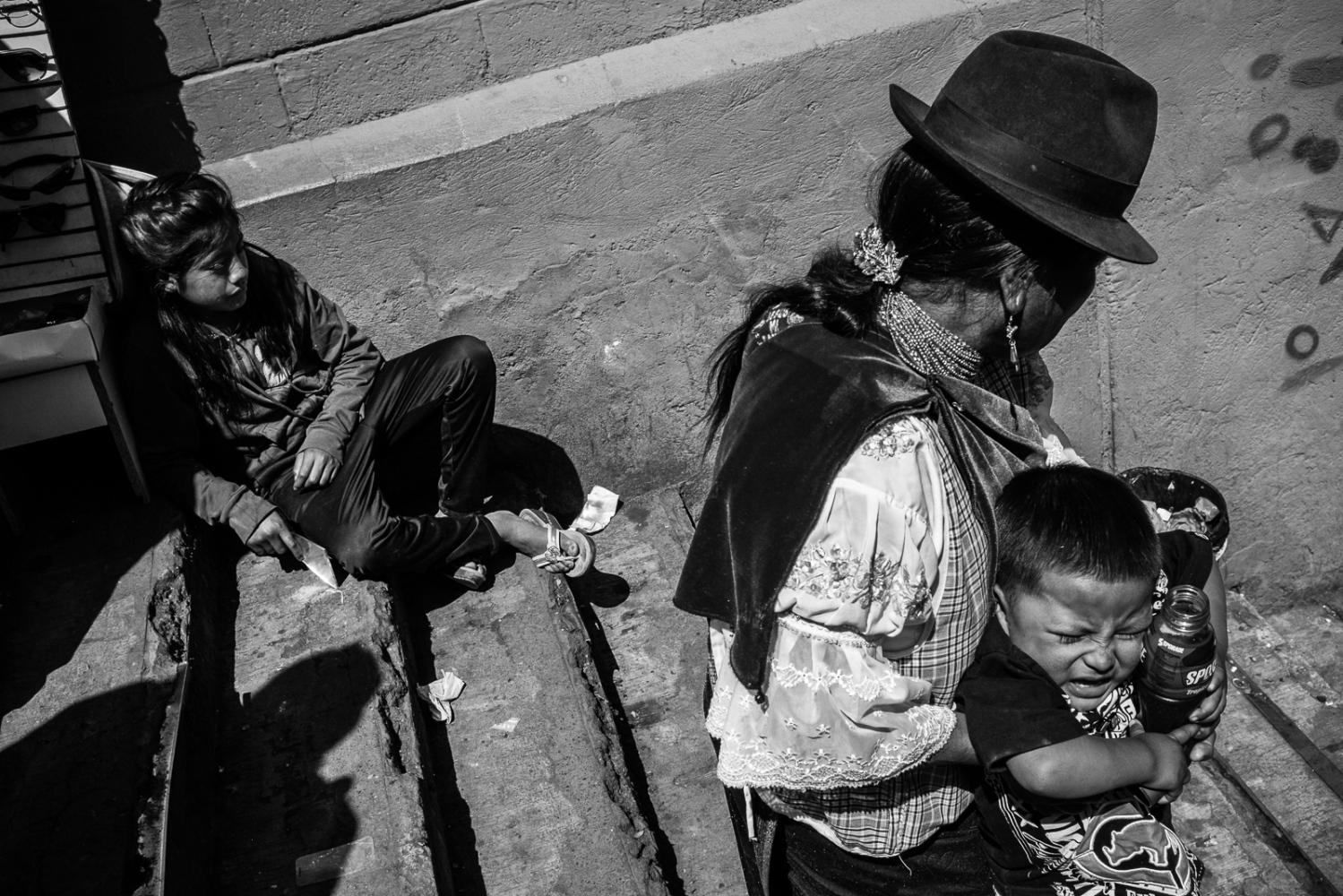 Art and Documentary Photography - Loading guerra_mercado_04.jpg