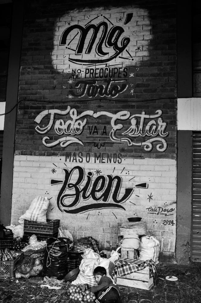 Art and Documentary Photography - Loading guerra_mercado_12.jpg