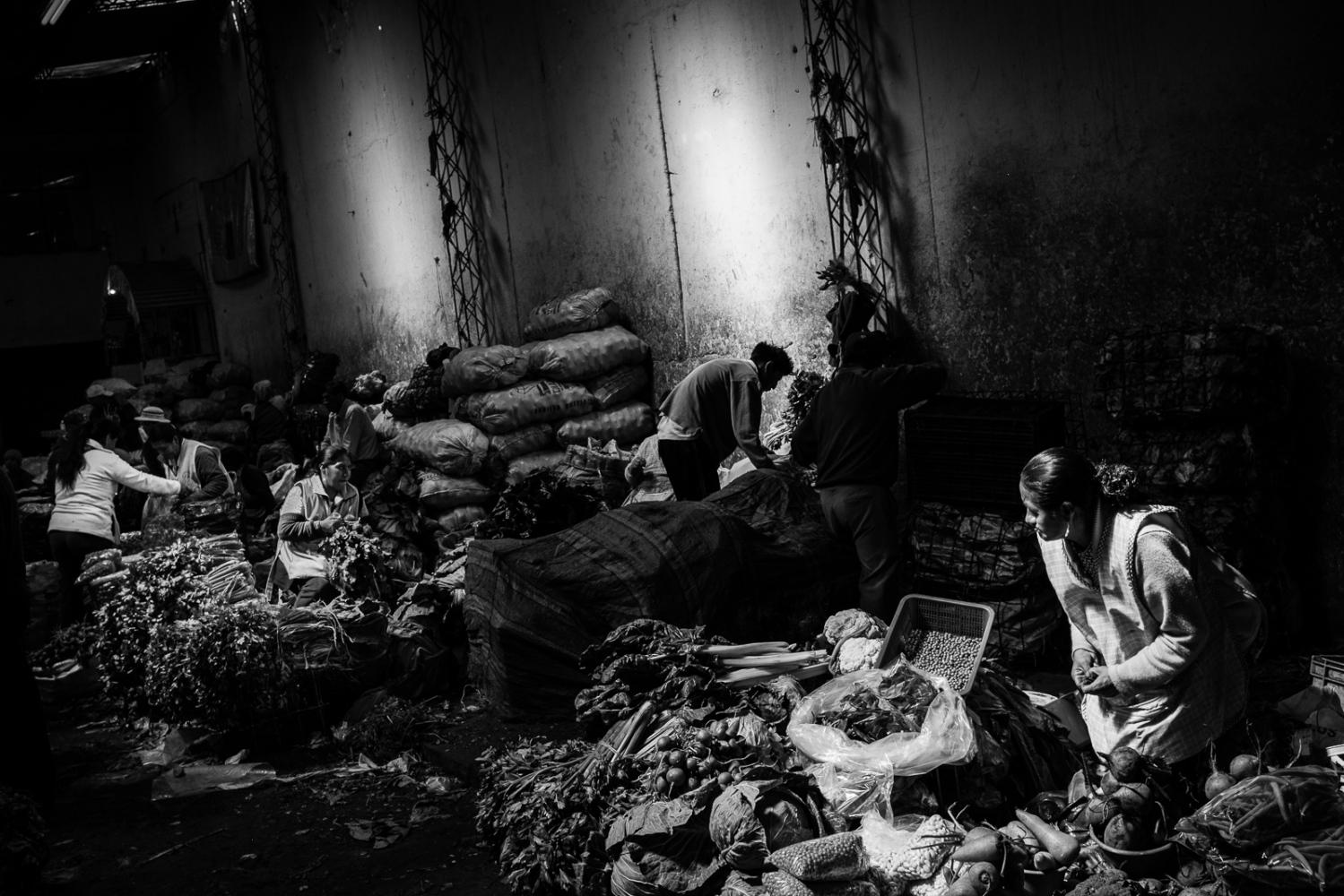 Art and Documentary Photography - Loading guerra_mercado_14.jpg