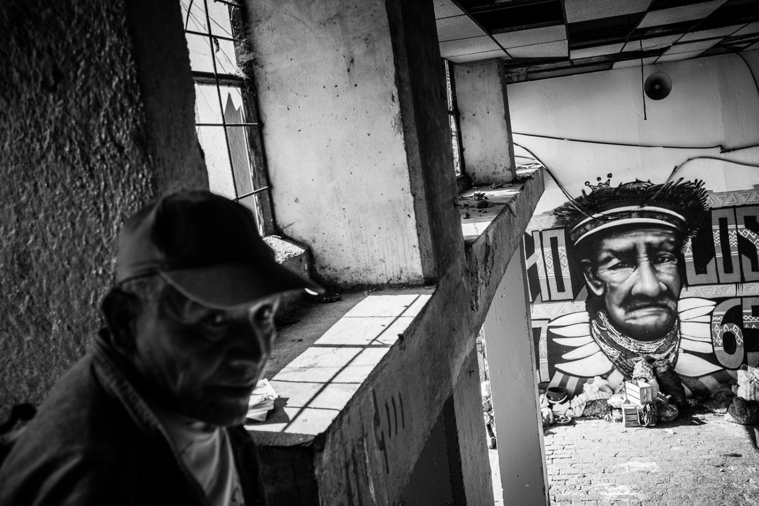 Art and Documentary Photography - Loading guerra_mercado_21.jpg
