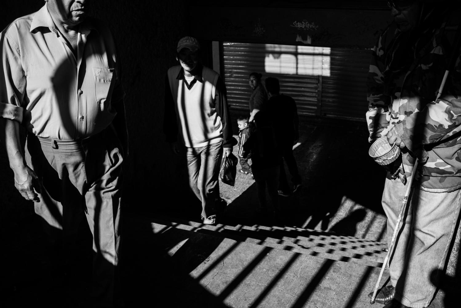 Art and Documentary Photography - Loading guerra_mercado_31.jpg