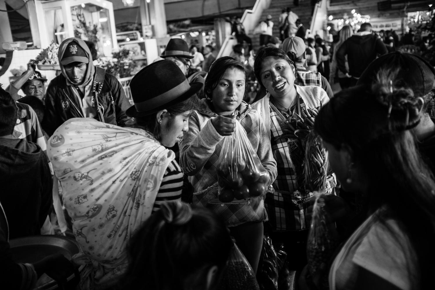 Art and Documentary Photography - Loading guerra_mercado_42.jpg