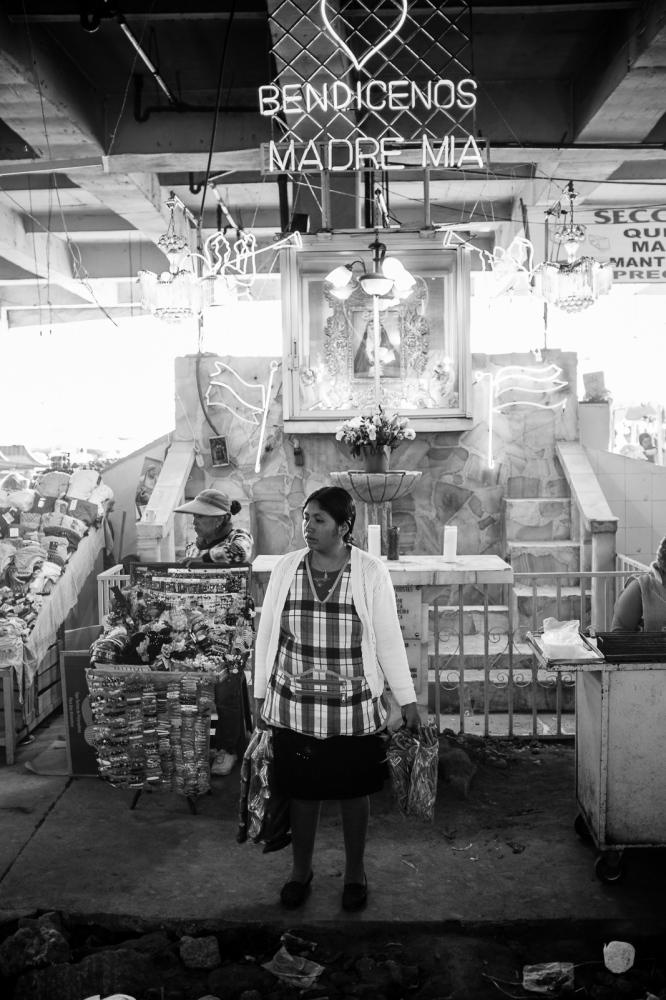 Art and Documentary Photography - Loading guerra_mercado_48.jpg