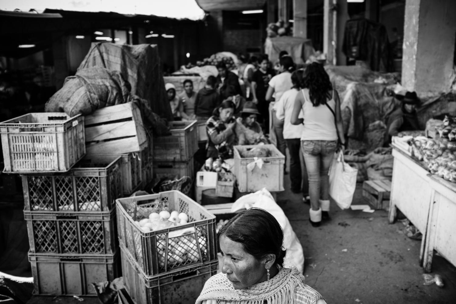 Art and Documentary Photography - Loading guerra_mercado_51.jpg