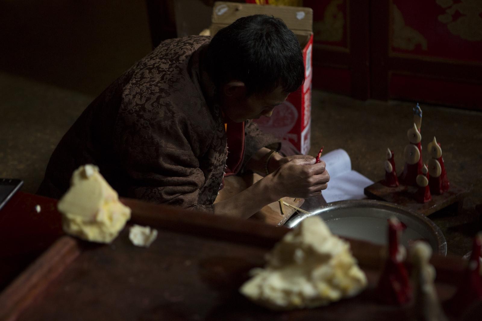 Art and Documentary Photography - Loading tibet-7.jpg