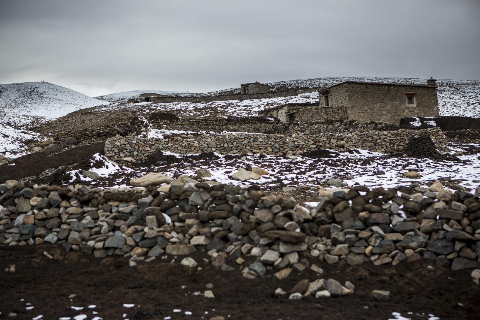 Art and Documentary Photography - Loading tibet-10.jpg