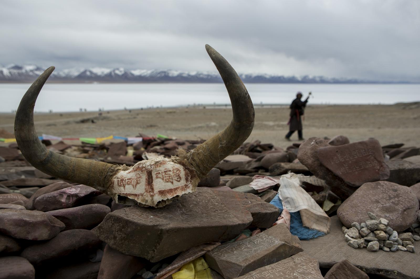 Art and Documentary Photography - Loading tibet-13.jpg