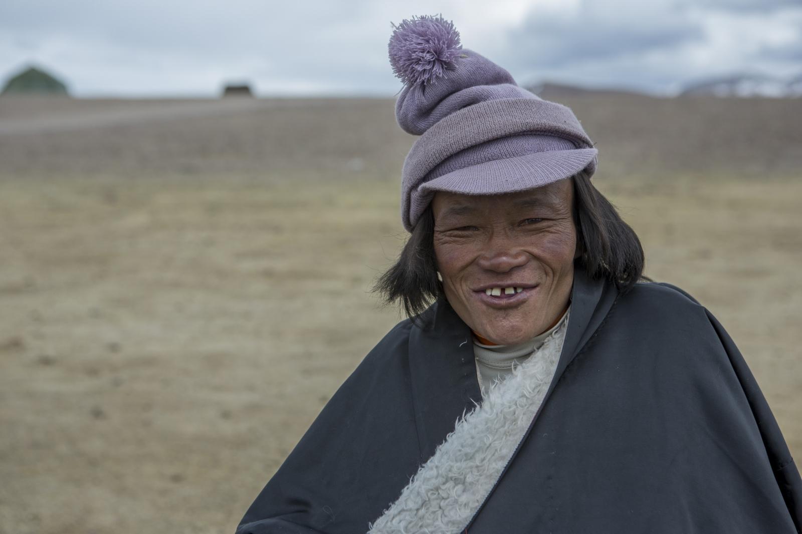 Art and Documentary Photography - Loading tibet-16.jpg