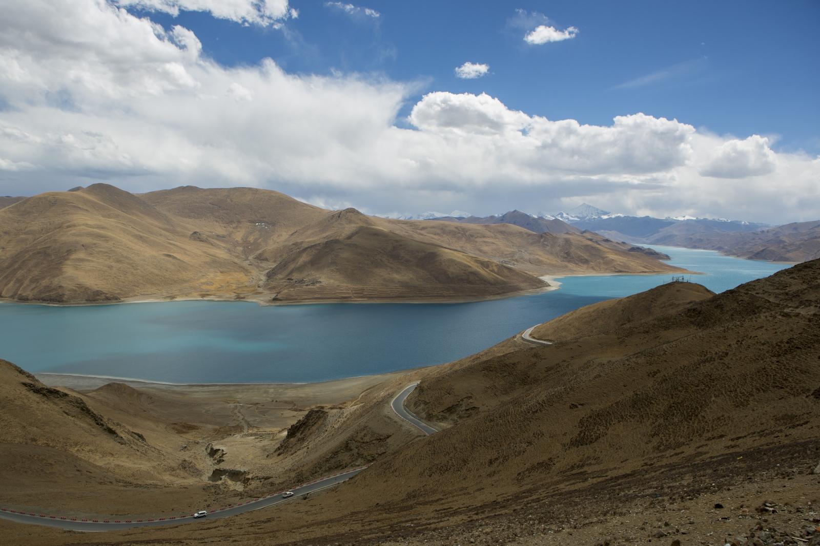 Art and Documentary Photography - Loading tibet-17.jpg
