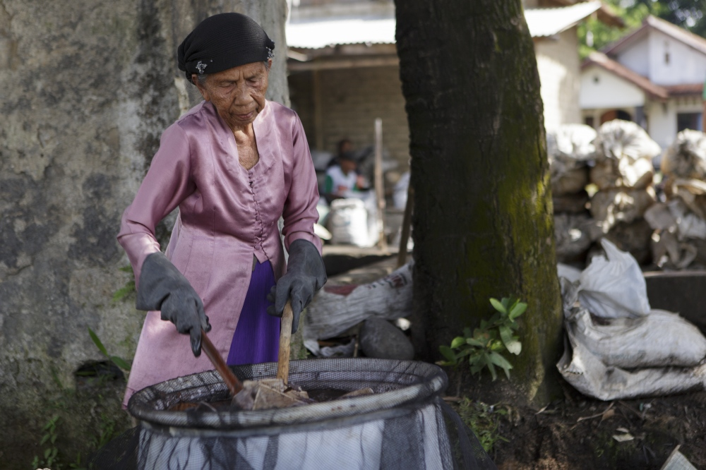 Indonesia's Toxic Communities