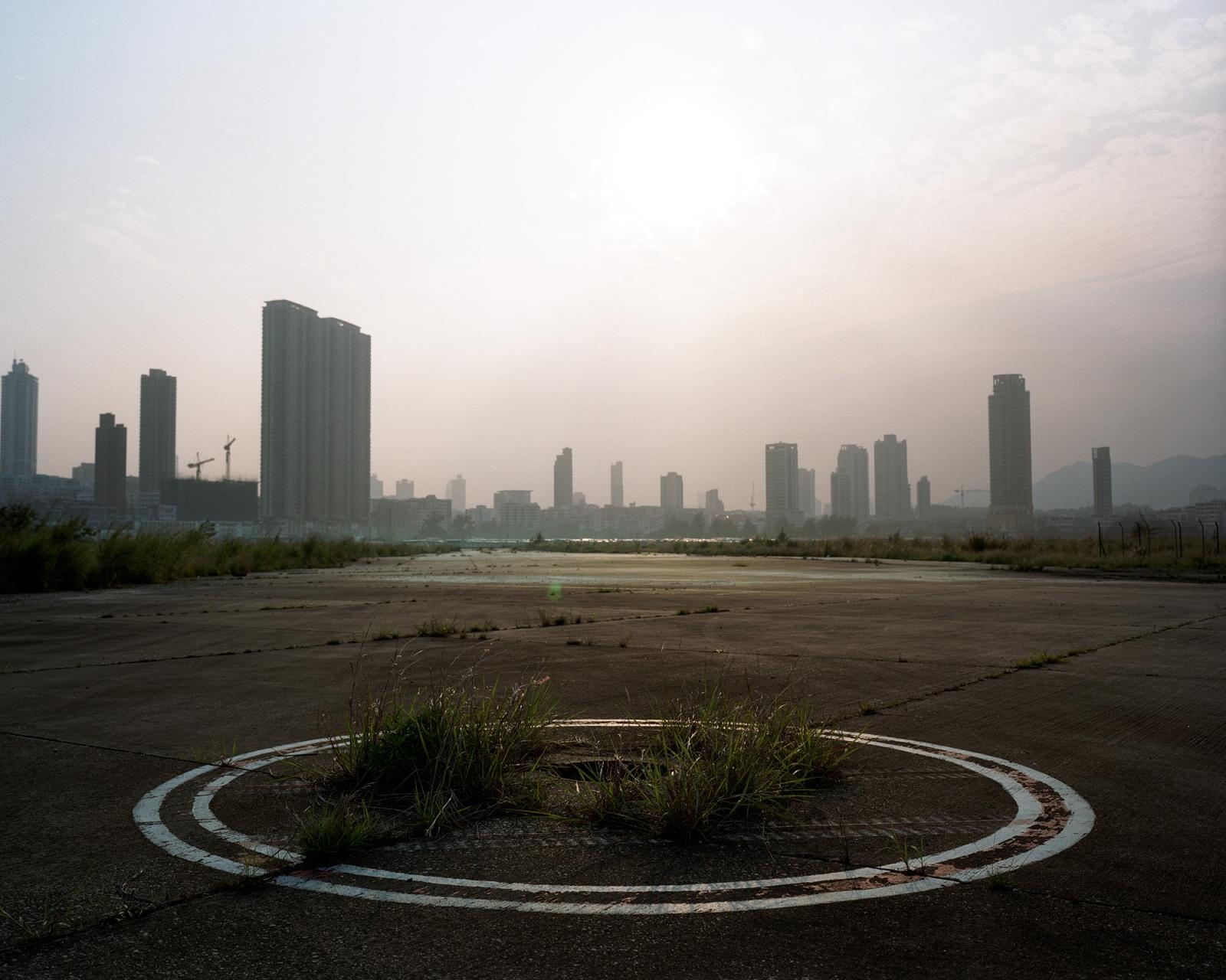 Art and Documentary Photography - Loading kaitak_04.JPG