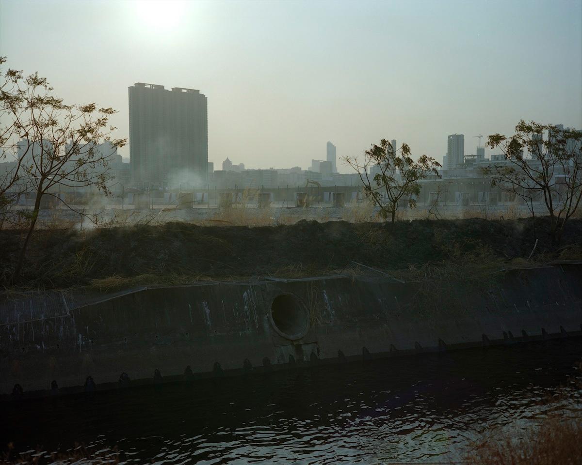 Art and Documentary Photography - Loading kaitak_13.JPG