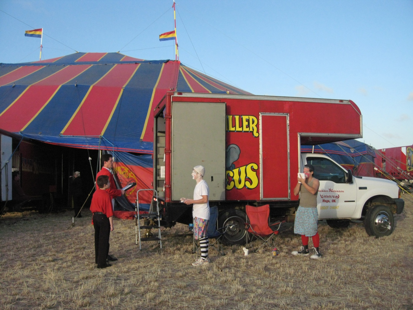 Art and Documentary Photography - Loading clowns 2-12-09.jpg