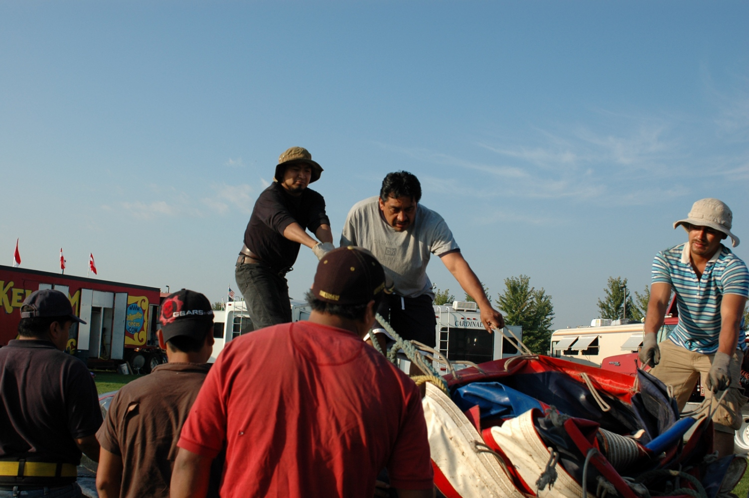 Art and Documentary Photography - Loading crew Cuco 9-4-09.jpg