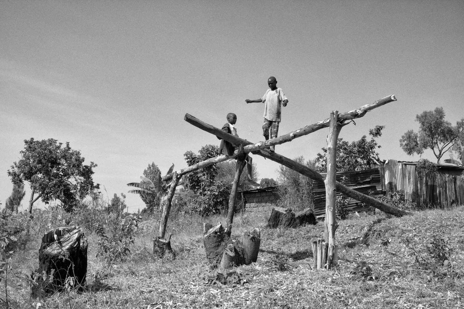 Art and Documentary Photography - Loading Rwanda_B&W_LoRes_07.jpg